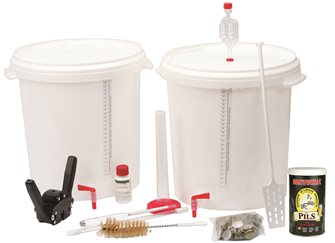 Beer kit for home brewing with concentrate Pils