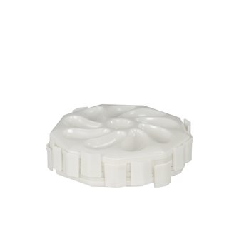 Polypropylene oyster trays stackable by 6