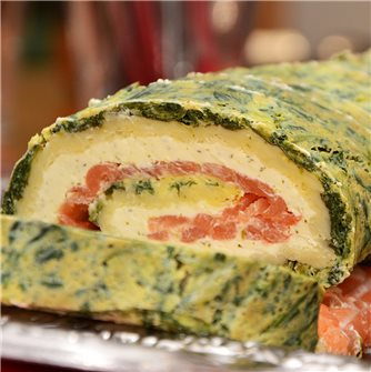 Rolled Smoked Salmon, Spinach and Garlic & Herbs Cheese